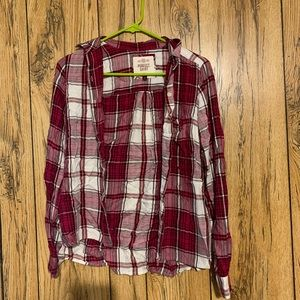 Button up plaid shirt never worn